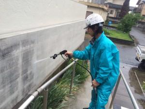 トクシマ県鳴門市 塀洗い高圧洗浄作業