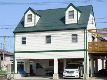 赤毛のアンの家グリーンゲイブルズ 輸入住宅塗装 徳島県 阿南市  屋根塗り替え 外壁塗替え S様邸