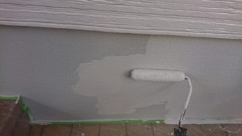 通し柱交換後、新設サイディングボードを貼り→塗装