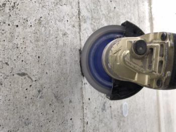 コンクリート打ちっぱなしは塗装で復元できます♪ 但しきちんとした施工を行ってです。