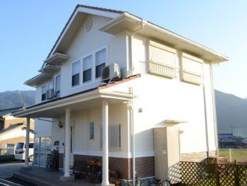 徳島県東三好市 二色塗り分け外壁塗装工事 T様