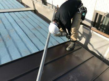 徳島市 ダイワハウスマンションアパート 重ね葺き工事(屋根カバー工法)