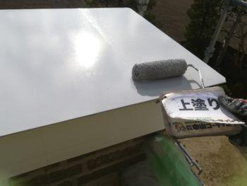 クリヤー塗装の場合、コーキングは後打ちになります。