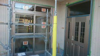 徳島市 外壁IG工業ガルバ銘壁カバー工法・サッシ取替 玄関付け替え(共にリクシル製)