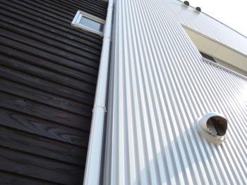 ガルバリウム塗装 徳島 塗り替え 塗装 中山コーティング