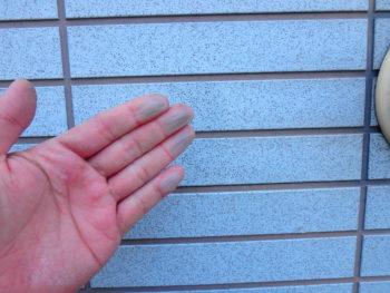 徳島市 外壁 チョーキング現象