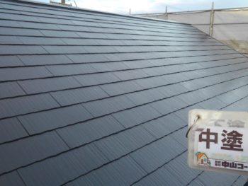 徳島県 屋根 塗装 中塗り