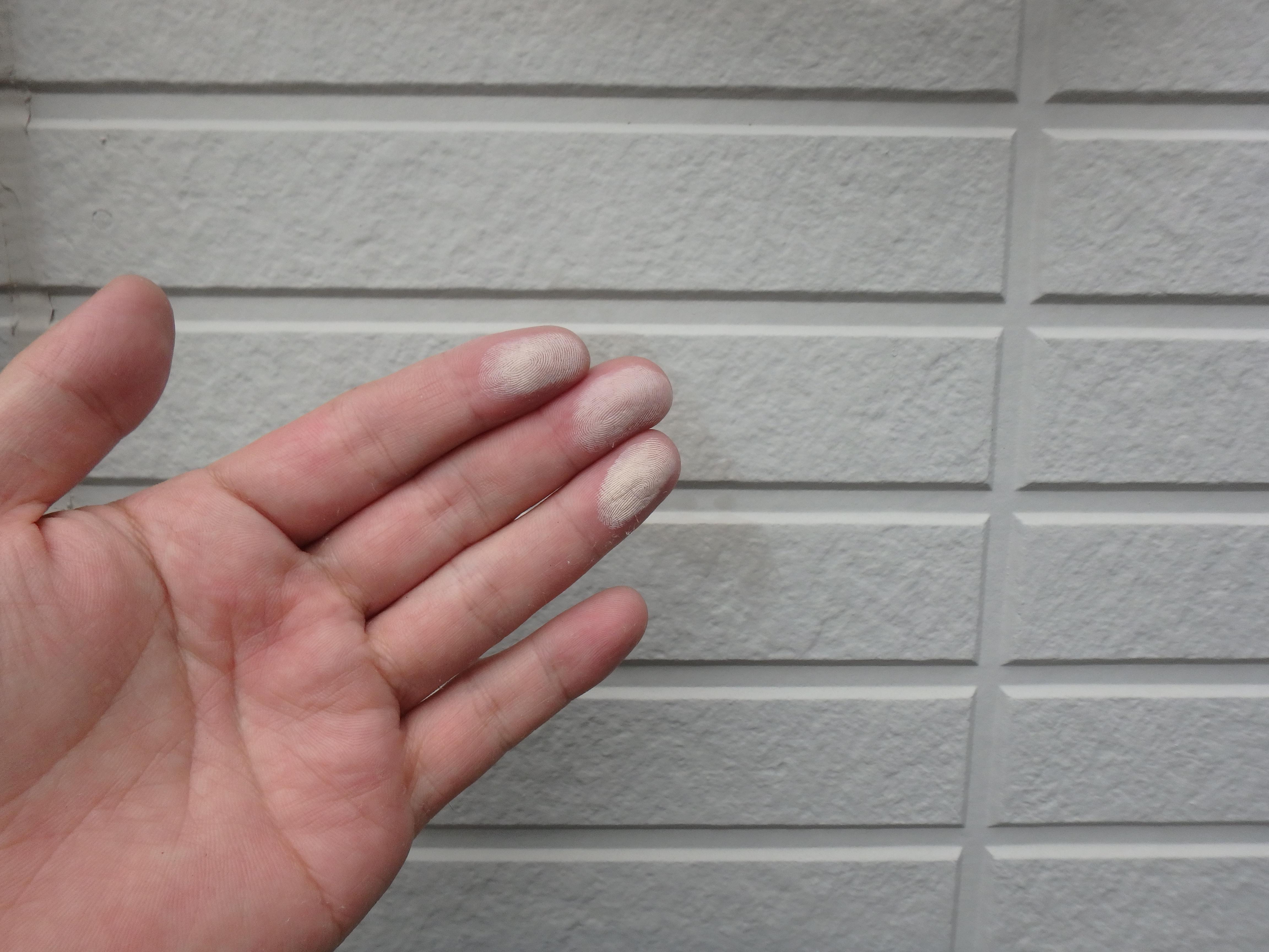 チョーキング 外壁 八万町 徳島 劣化