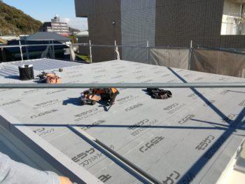 雨漏り 徳島市 カバー工法 屋根