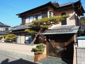 徳島市大原町 入母屋造の外壁塗装 N様邸