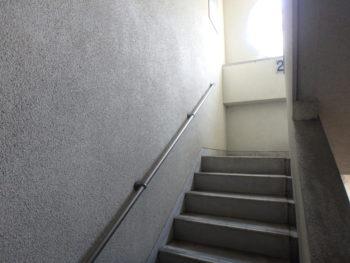 徳島県 徳島市 ビル 階段 クラック