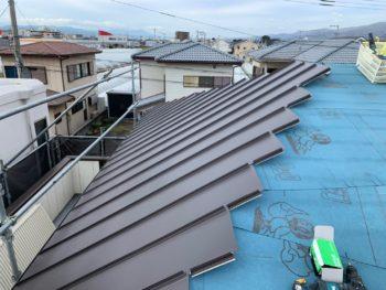徳島県 藍住町 屋根 板金工事 ガルバリウム鋼板