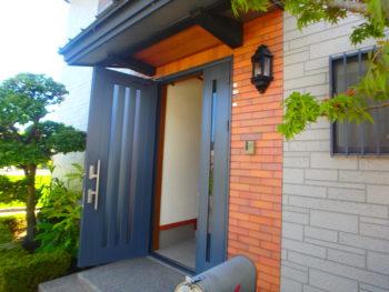 徳島 藍住 施工前 玄関
