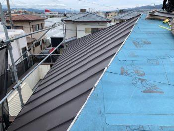 徳島県 藍住町 屋根 板金工事 ガルバリウム鋼板 カット