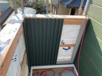 徳島県 大麻町 板金工事 手すり壁 ガルバリウム鋼板