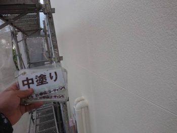 徳島県 川内町 外壁 塗装 中塗り