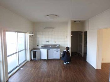 徳島県 昭和マンション 室内塗装 施行前 全体