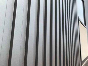 兵庫県 南あわじ市 施工後 外壁 ガルバリウム鋼板