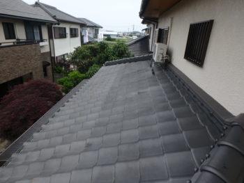 徳島県 国府町 施工前 屋根 汚れ