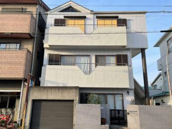 徳島県小松島市 外壁のタイルが落ちてくるとは、考えても見なかったので、どうしようと不安